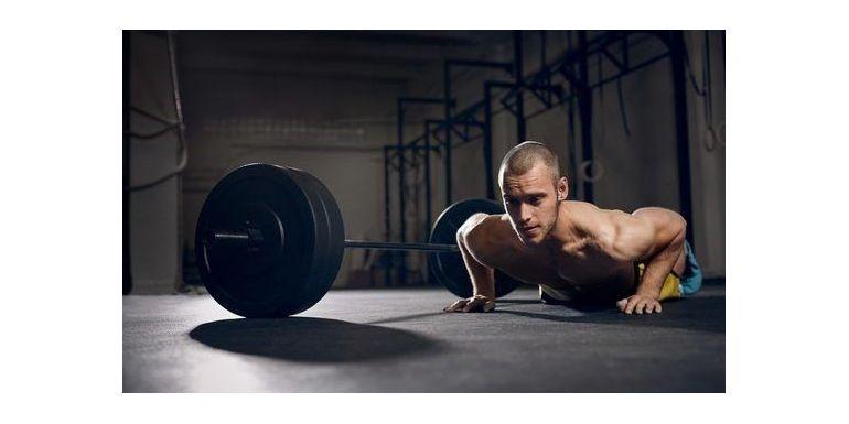 Antrenamentele cu greutati vs cu greutatea corpului