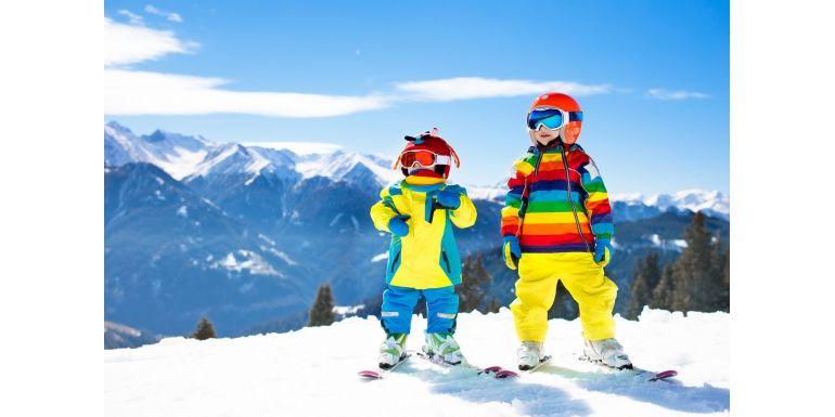 Vine iarna bine-mi pare - sporturi de iarna pentru copii si echipamentele in care sa investiti